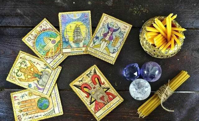 财神:塔罗占卜与实现,单笔获利十余元至数百元,月收入2万元实用讲解